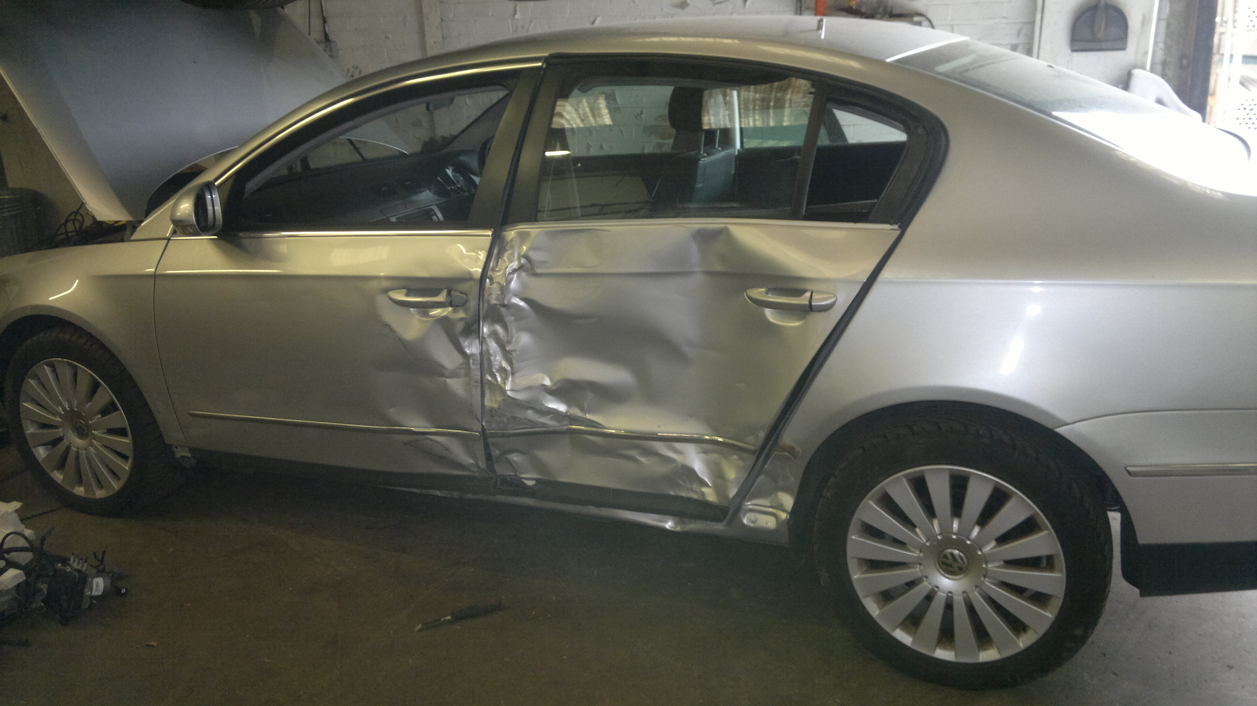 What Is A Side Swipe Car Accident